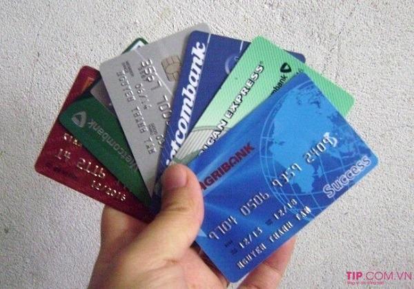 Giải đáp nhanh: 1 CMND làm được mấy thẻ ATM