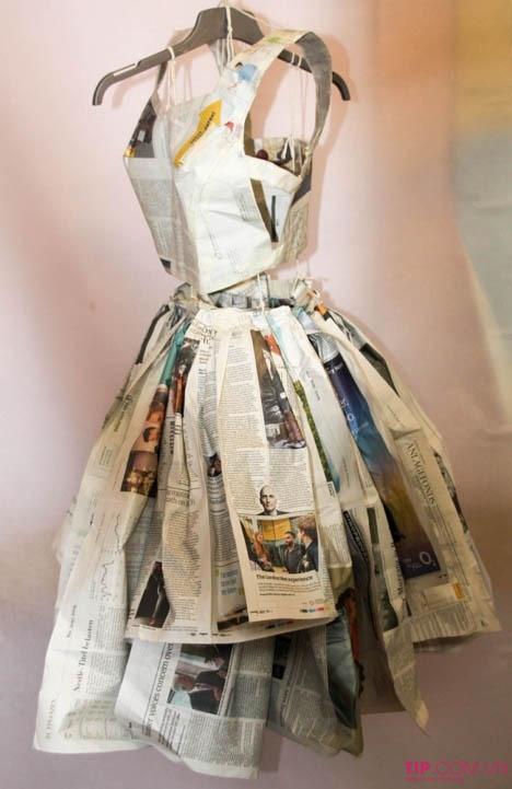 Chiếc váy xèo giấy báo nhẹ nhàng, tinh tế nhưng không kém phần quyến rũ